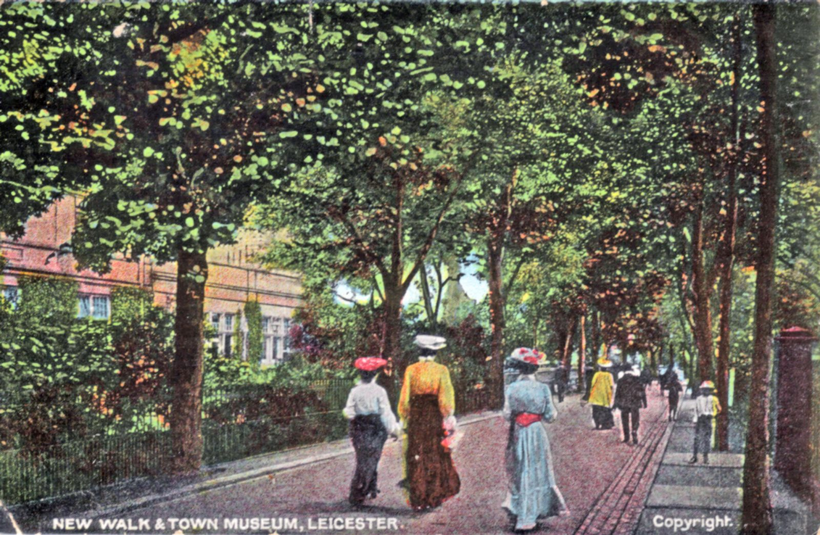 New Walk, Leicester. 1901-1920: People promenading along New Walk with Town Museum in background. Circa 1908. (File:1006)