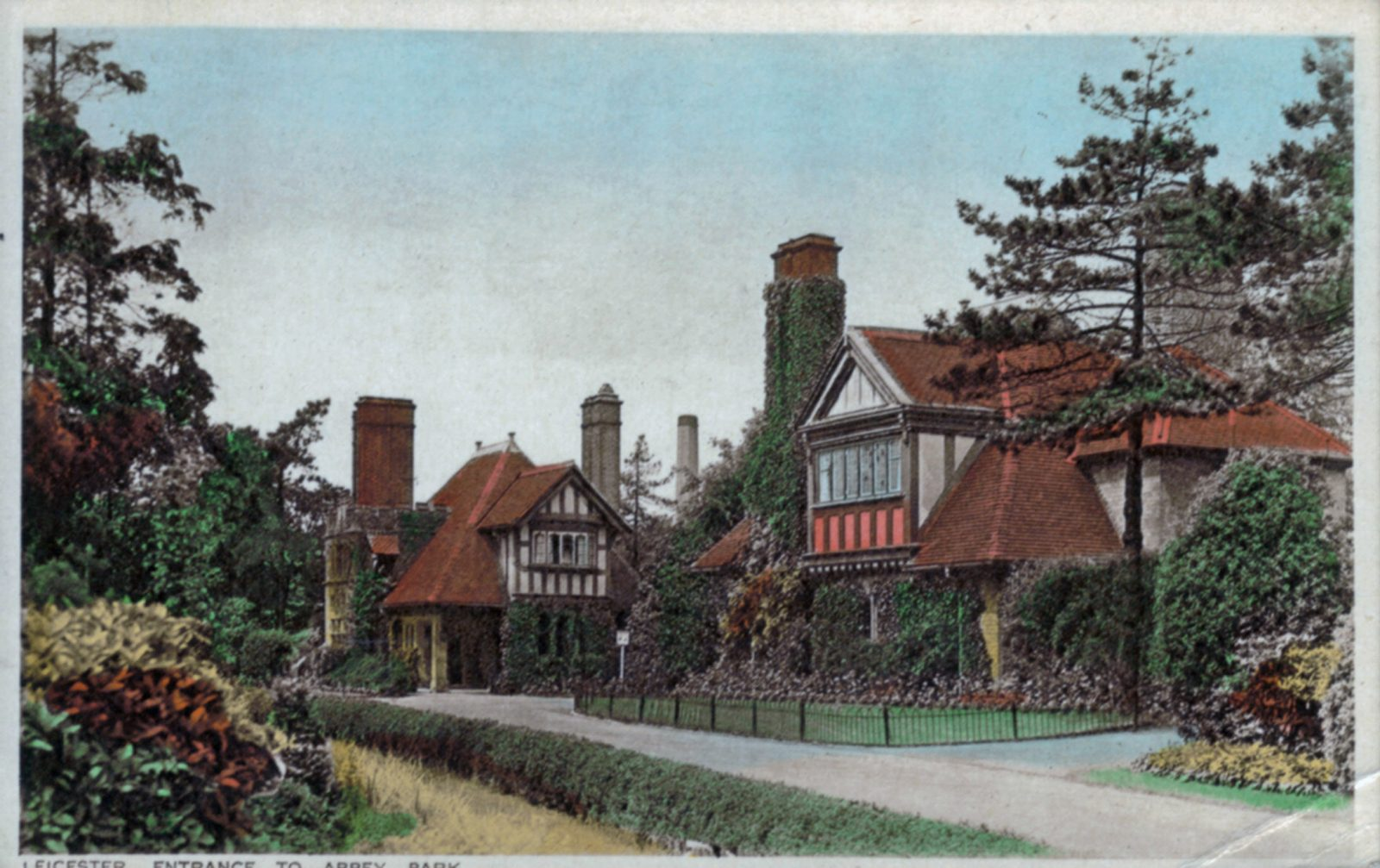 Abbey Park, Leicester. 1901-1920: Leicester Entrance to Park. (File:1014)