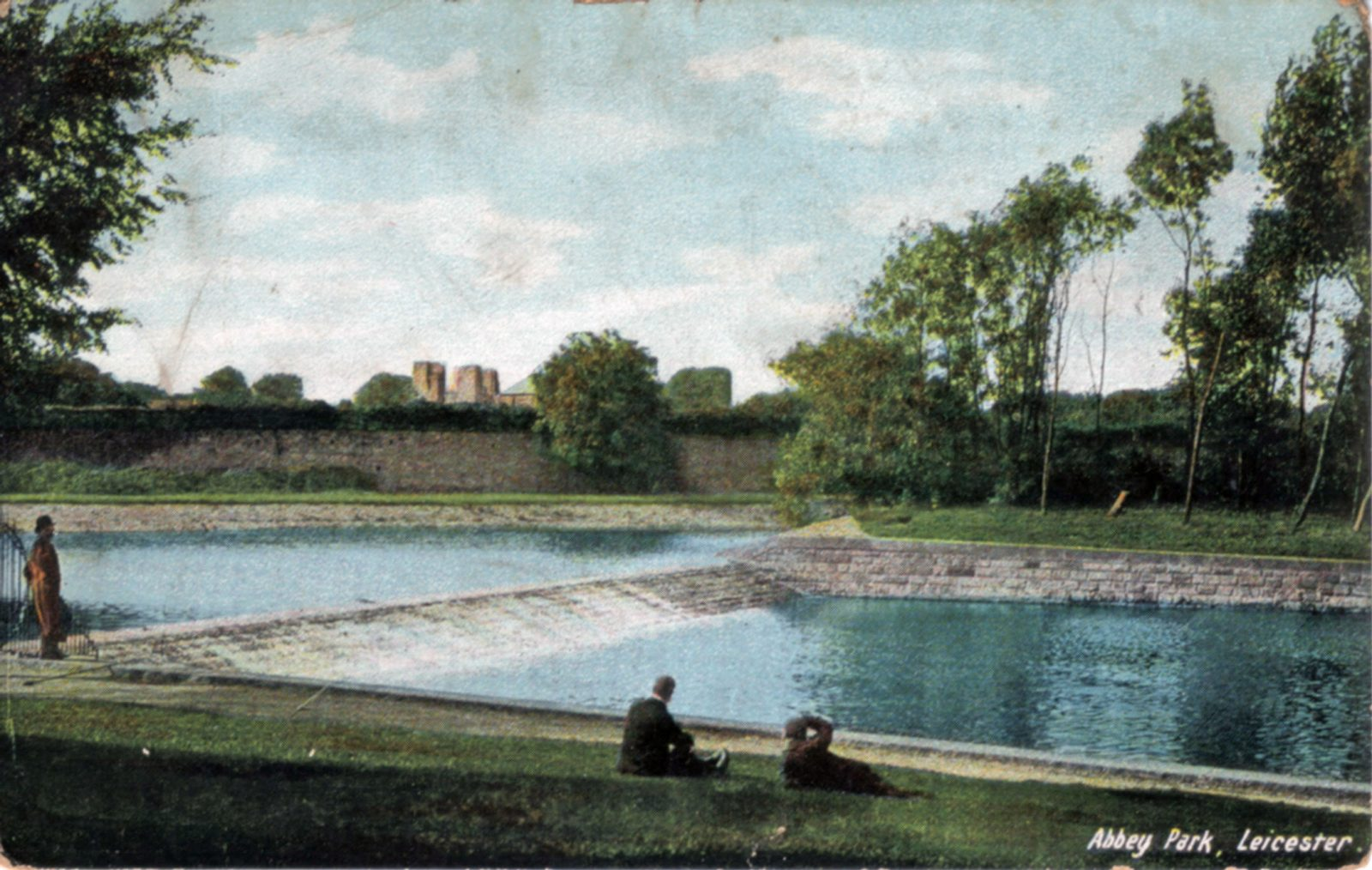 Abbey Park, Leicester. 1901-1920: The River Soar and weir. Foreground figures. Franked 1908 (File:1046)