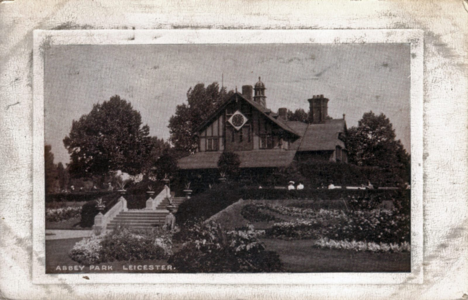 Abbey Park, Leicester. Undated: The Pavilion and carpet bedding. Similar view to 1051 but later - trees larger. (File:1052)