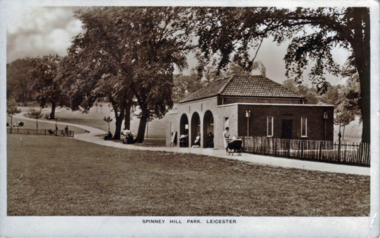 Spinney Hill Park, Leicester. 1921-1940: Public conveniences. (File:1061)