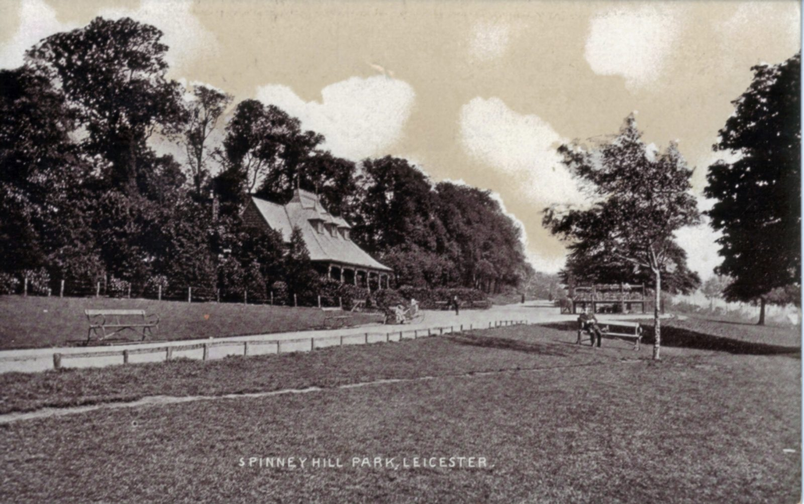 Spinney Hill Park, Leicester. Undated: Pavilion and broad avenue. (File:1065)
