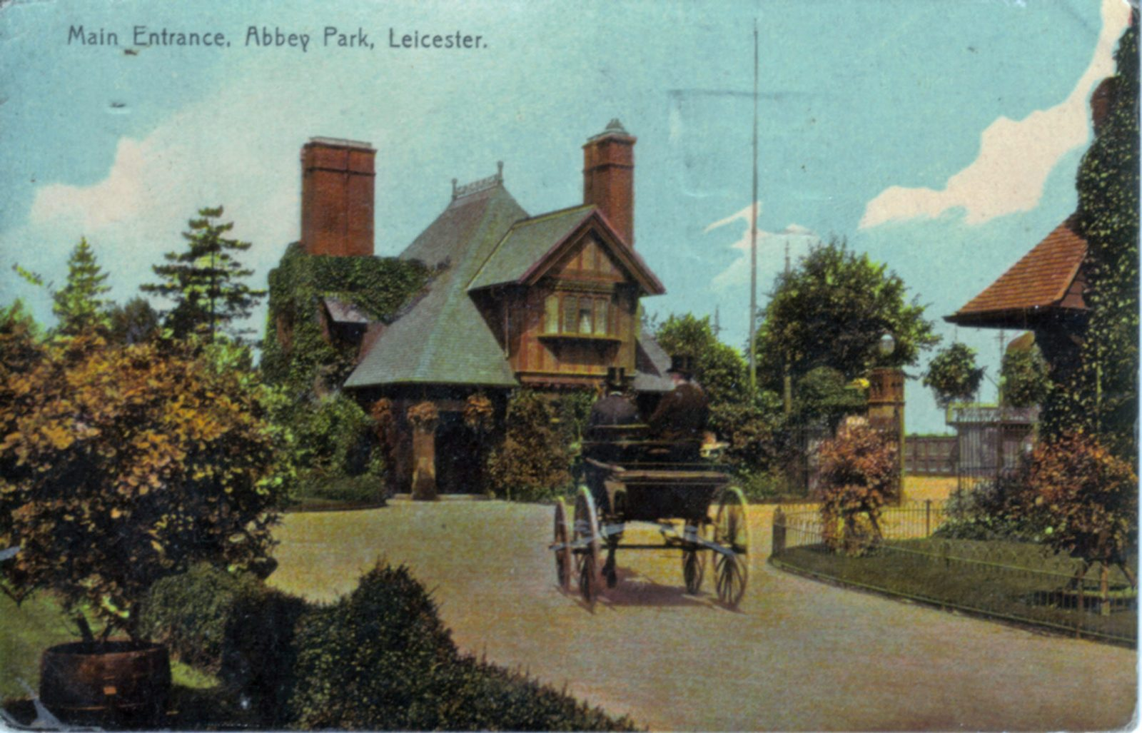 Abbey Park, Leicester. 1901-1920: Main Entrance with a pony and trap. Posted 1918-21 (File:1204)