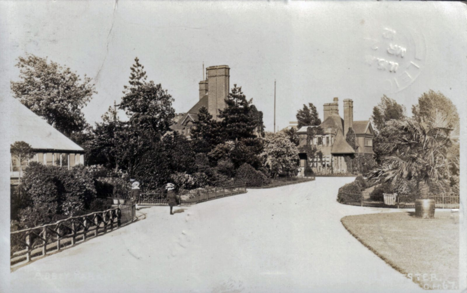 Abbey Park, Leicester. 1901-1920: The Lodge and Entrance. Franked 1912 (File:1206)