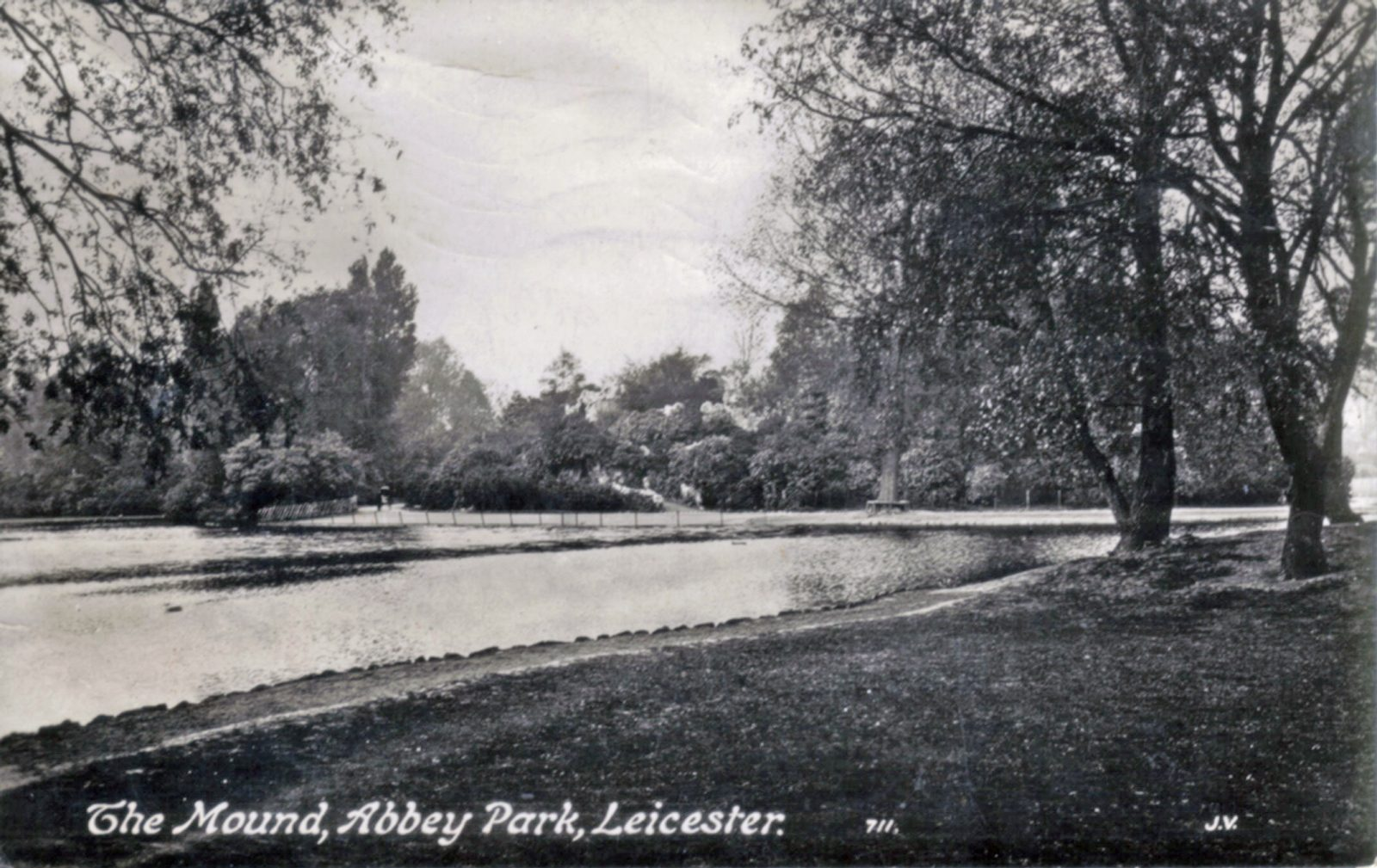 Abbey Park, Leicester. 1921-1940: The Mound with lake in foreground. Posted 1918-21 (File:1209)