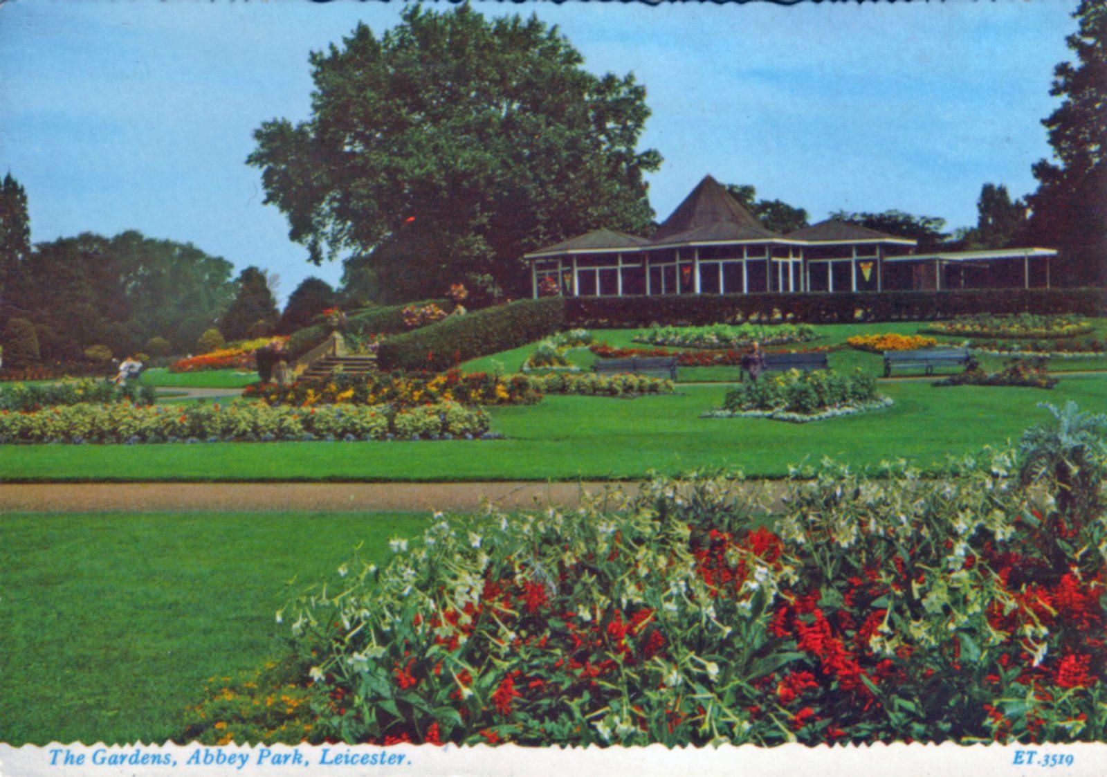 Abbey Park, Leicester. 1941-1960: Formal gardens and café. (File:1219)