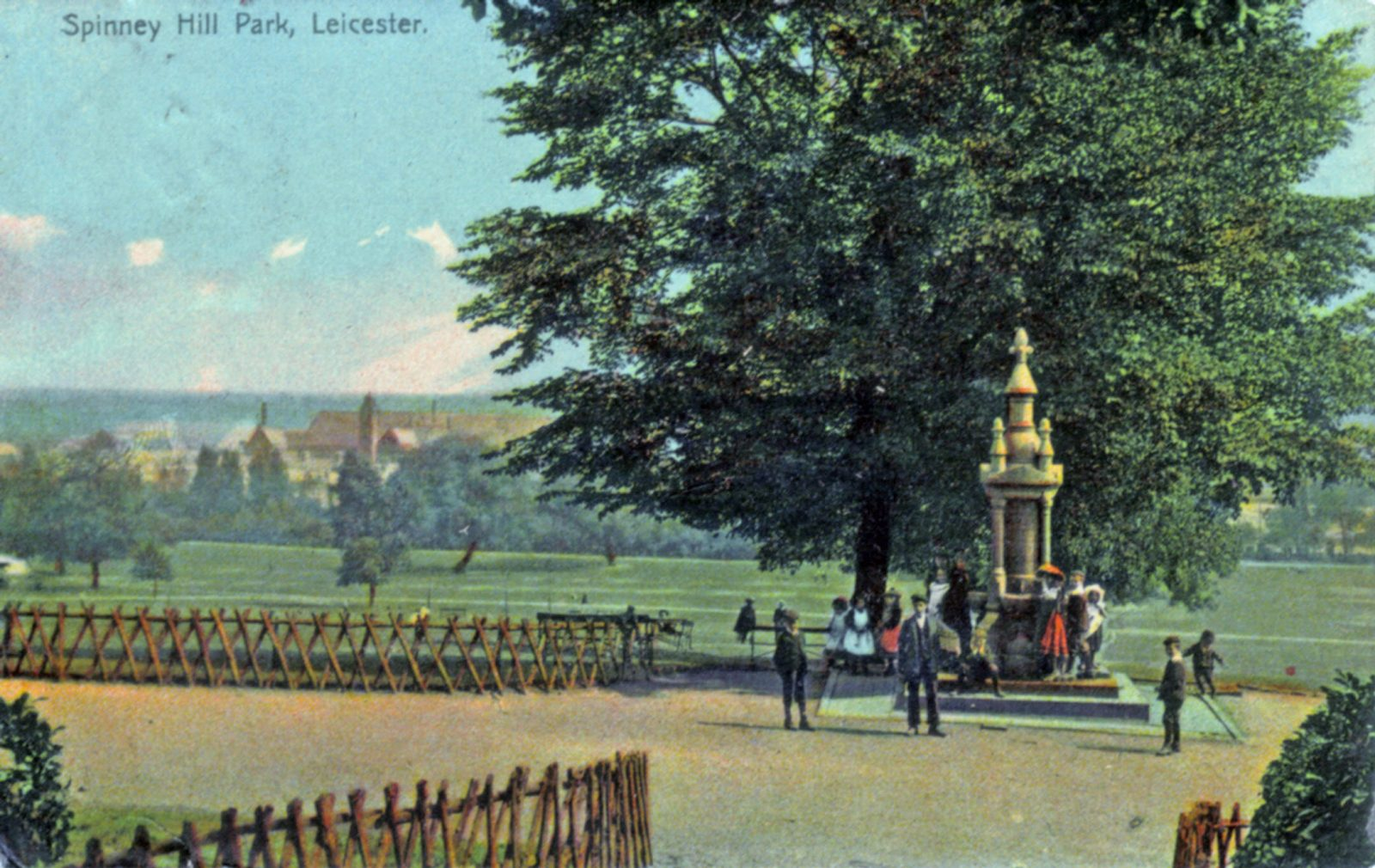 Spinney Hill Park, Leicester. 1901-1920: The granite fountain which was donated to the city in 1888 by a wealthy market-place pork and cheese merchant and local councillor Mr Samuel Mather. Franked 1908 (File:1248)