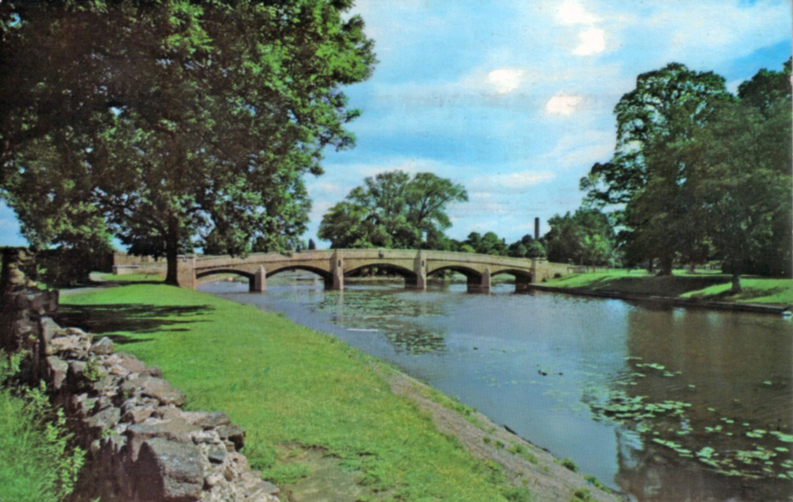 Abbey Park, Leicester. Undated: The River Soar and Abbey Bridge. Franked 1973 (File:1263)