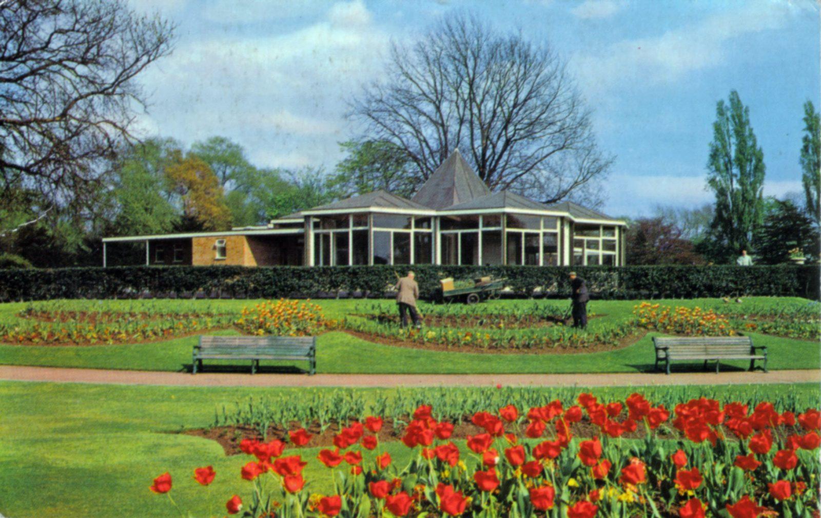 Abbey Park, Leicester. Post 1960: Gardens and café. (File:1270)