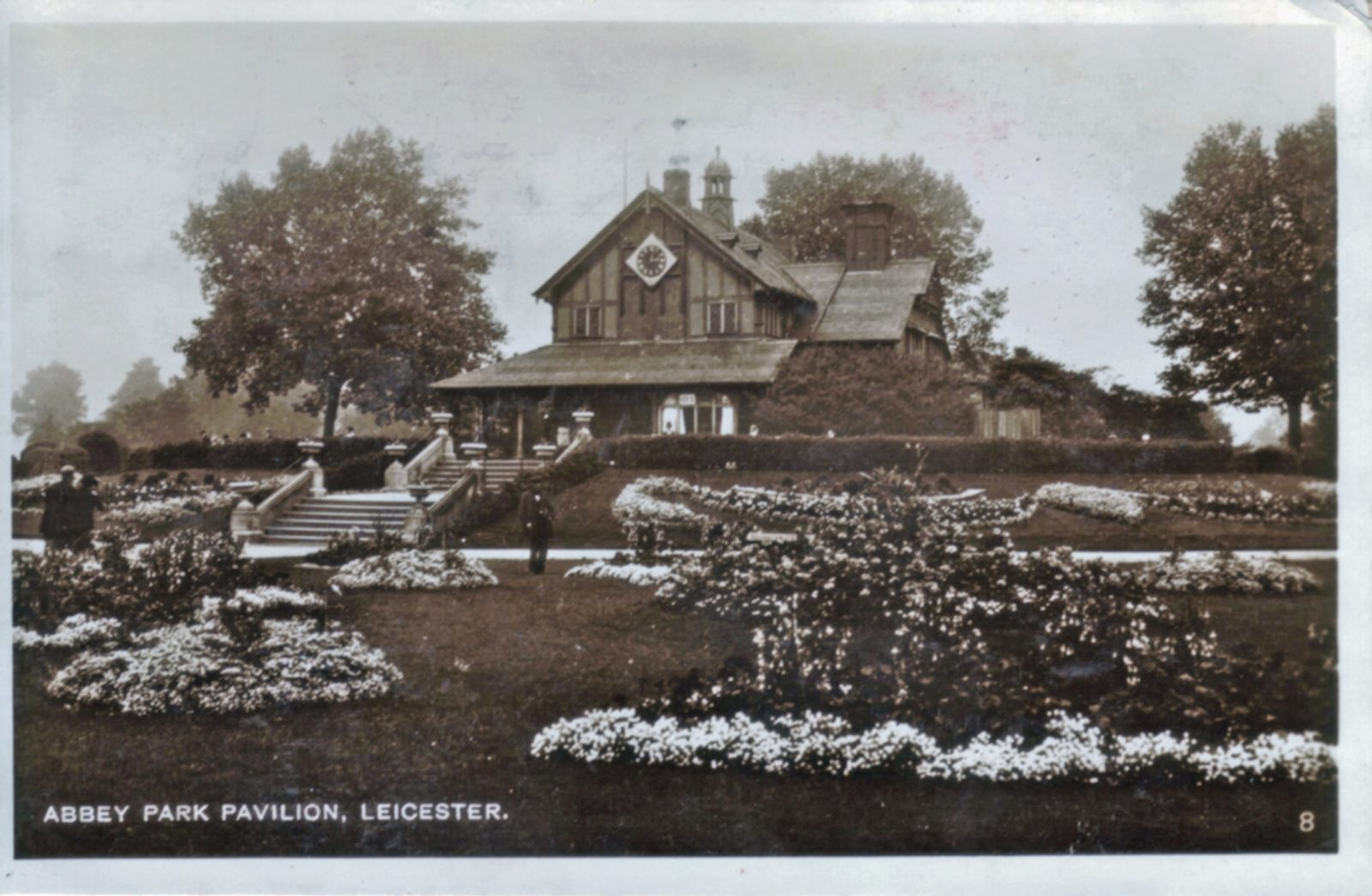 Abbey Park, Leicester. 1921-1940: The Pavilion and formal bedding. (File:1271)