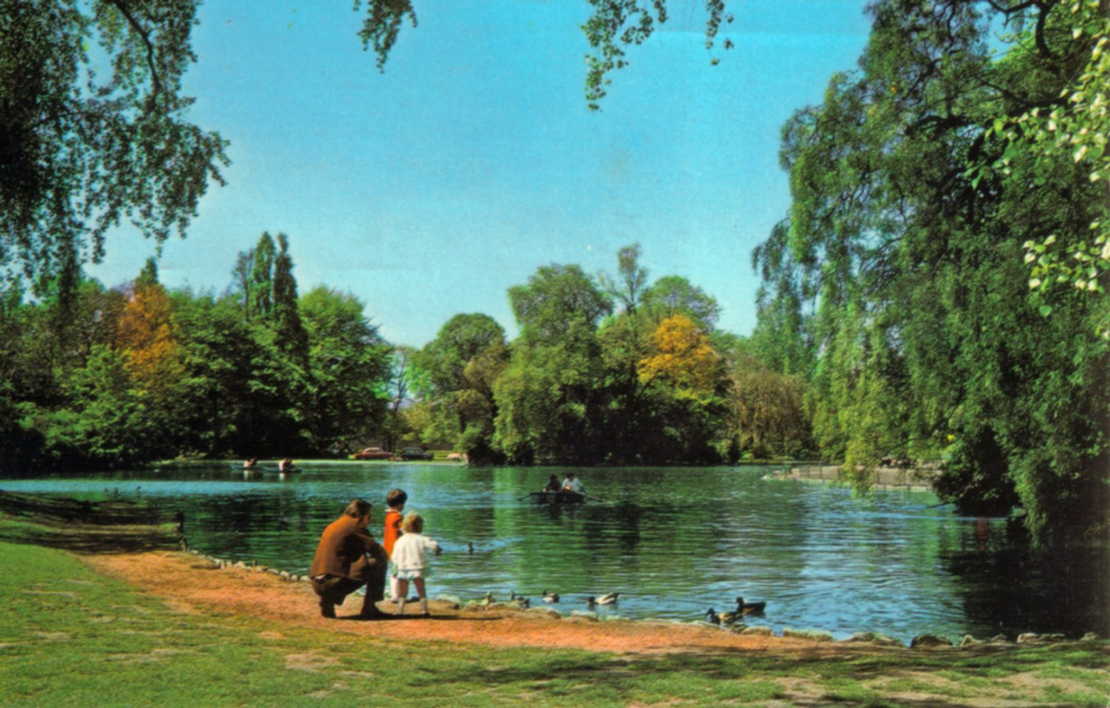 Abbey Park, Leicester. Post 1960: Boating lake. (File:1278)