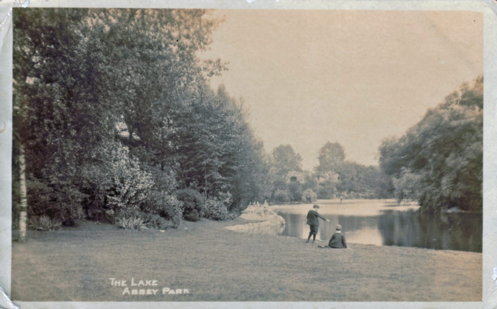 Abbey Park, Leicester. Pre 1900: The Lake with two boys. Franked 1903 (File:1279)