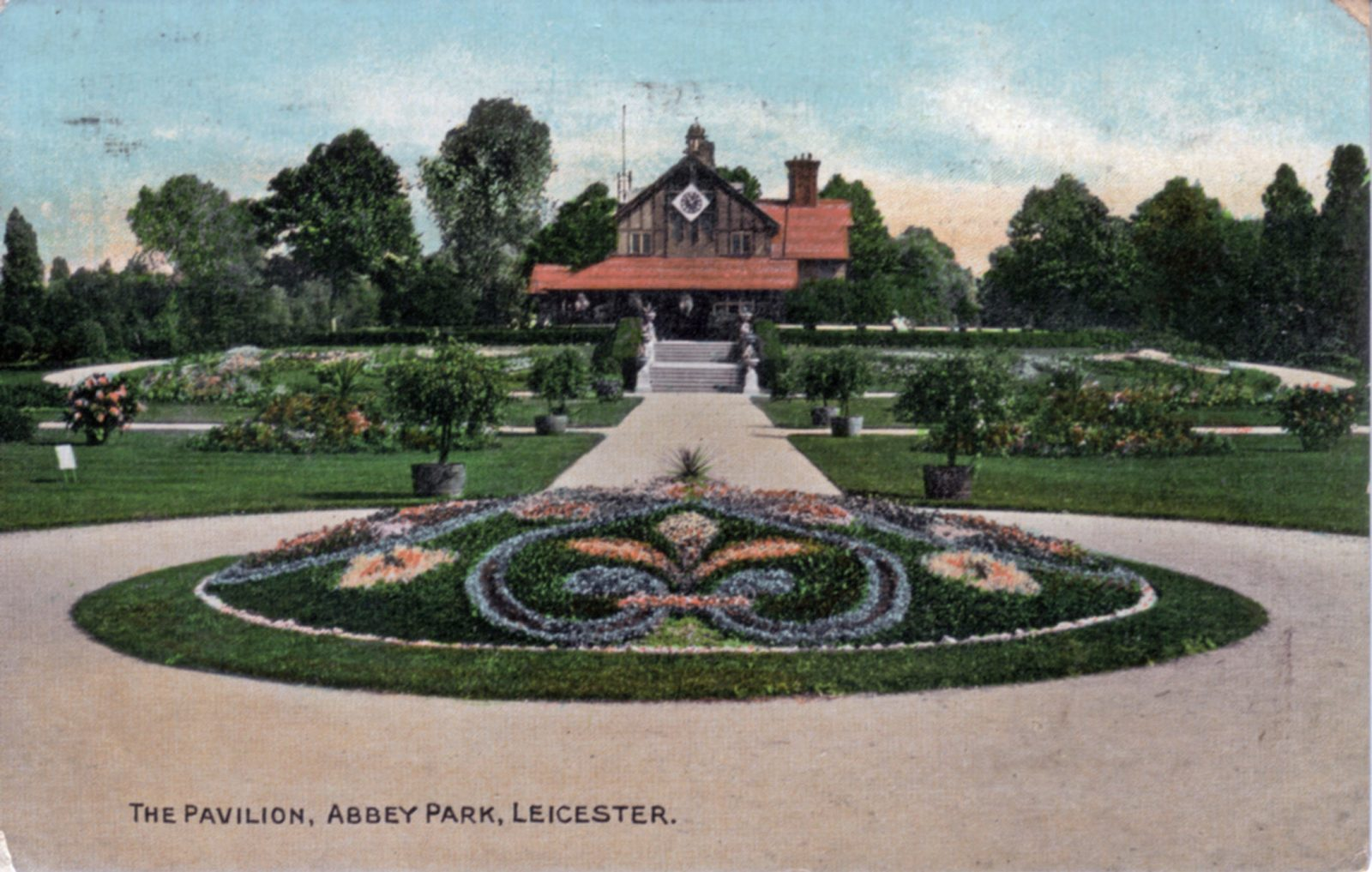 Abbey Park, Leicester. 1901-1920: Pavilion and carpet bedding. Franked 1910 (File:1288)