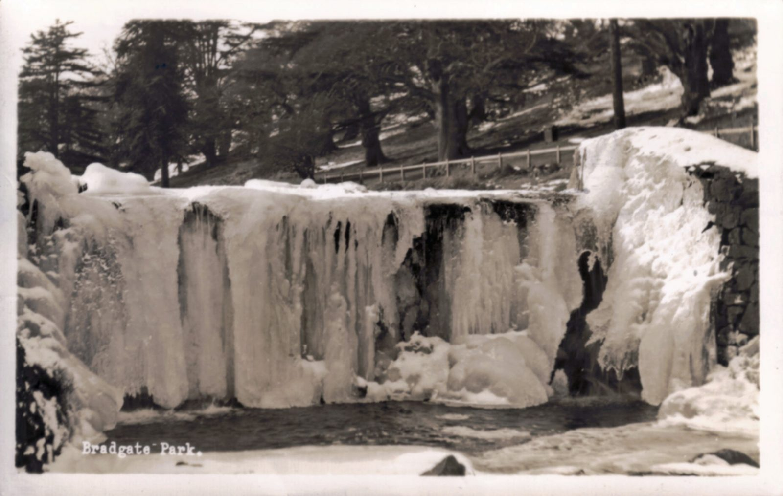 Bradgate Park, Leicester. Post 1960: Frozen waterfall. Posted 1973 (File:1310)