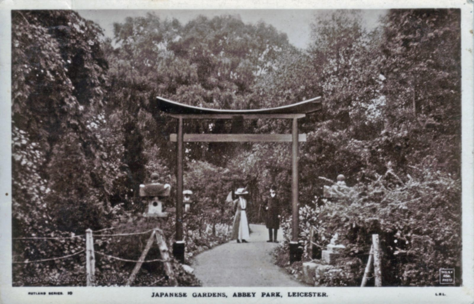 Abbey Park, Leicester. 1901-1920: The Japanese gardens entrance with two people (File:1429)