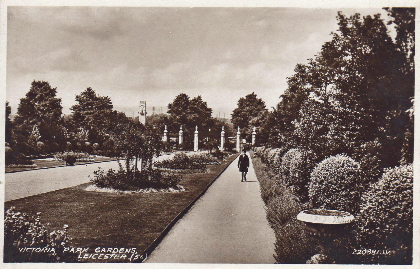 Victoria Park, Leicester. Undated: (File:1570)