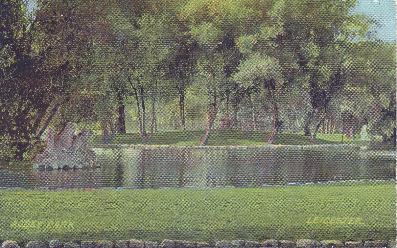 Abbey Park, Leicester. Undated: The lake (File:1575)